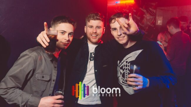 Best gay bars Manchester LGBT nightlife dating lesbians