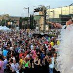 Best Gay & Lesbian Bars In Barcelona (LGBT Nightlife Guide)
