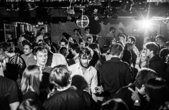 Best gay bars Frankfurt LGBT nightlife dating lesbians