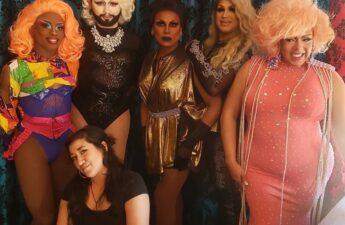 Best gay bars Chicago LGBT nightlife dating lesbians
