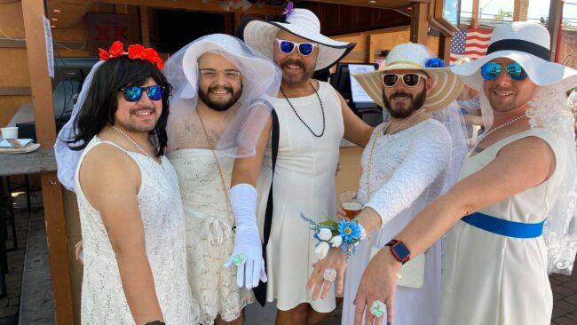 Best gay bars Phoenix LGBT nightlife dating lesbians