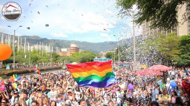 Best gay bars Medellin LGBT nightlife dating lesbians